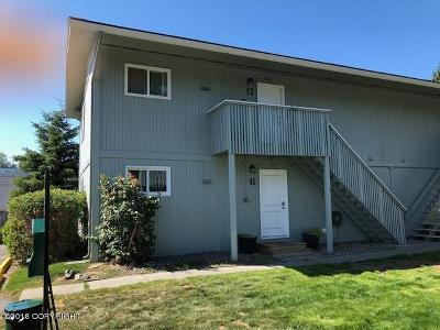 Anchorage, Chugiak, Eagle River Condo/Townhouse For Sale: 170 Grand Larry Street #C-12