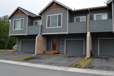 Anchorage, Chugiak, Eagle River, Palmer, Wasilla Condo/Townhouse For Sale: 2380 Irontree Place #2