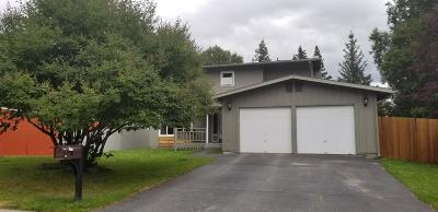 Anchorage Single Family Home For Sale: 2411 Hastings Lane