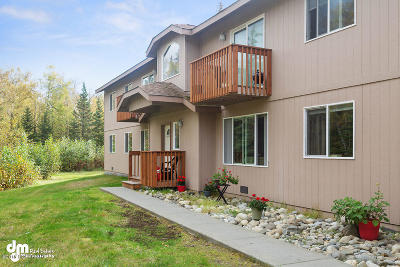 Wasilla Multi Family Home For Sale: 395 E Victor Circle
