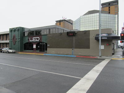 Anchorage Commercial For Sale: 900 W 6th Avenue