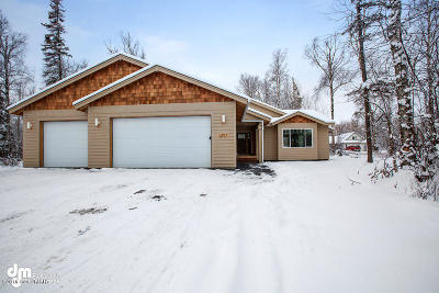 Wasilla Single Family Home For Sale: 1917 W Suburban Drive