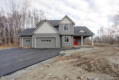 Wasilla Single Family Home For Sale: 1201 N Bloodstone Circle
