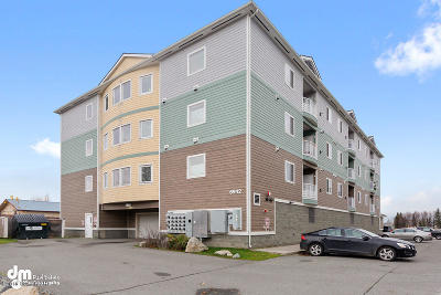 Anchorage Condo/Townhouse For Sale: 6942 Meadow Street #204