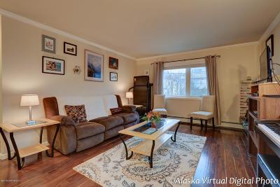 Anchorage Condo/Townhouse For Sale: 610 N Street #3