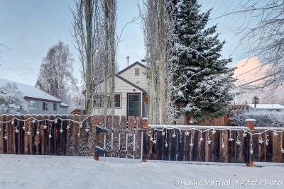 Anchorage Single Family Home For Sale: 801 W 20th Avenue