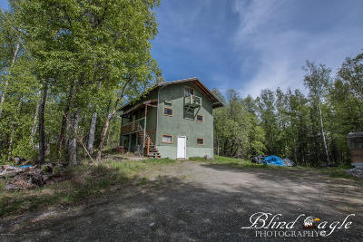 Wasilla Single Family Home For Sale: 2001 Cottonwood Loop