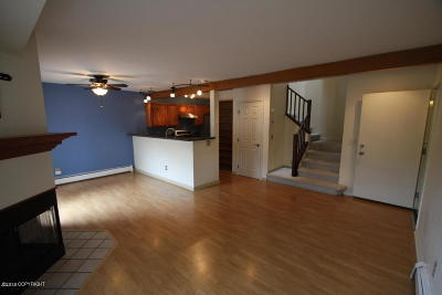 Anchorage Condo/Townhouse For Sale: 2841 Baxter Road Road #4D