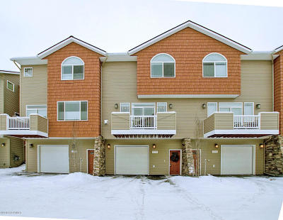 Anchorage Condo/Townhouse For Sale: 236 Cook Inlet Loop #5B