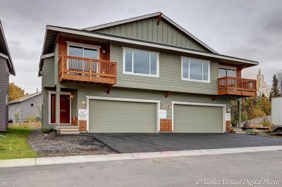 Anchorage Condo/Townhouse For Sale: 7802 Kringlie Place #13