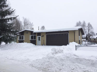 Anchorage Single Family Home For Sale: 780 W 70th Avenue