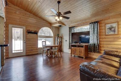 Wasilla Single Family Home For Sale: 6051 W Admiralty Circle