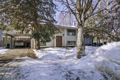 Single Family Home For Sale: 3846 Checkmate Drive