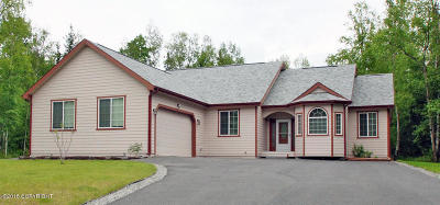 Wasilla Single Family Home For Sale: 951 Woodcrest Circle