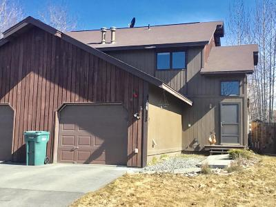 Anchorage, Chugiak, Eagle River Condo/Townhouse For Sale: 6903 Meadow Street #B2