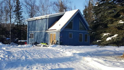Wasilla Single Family Home For Sale: 1231 E Woodcrest Drive