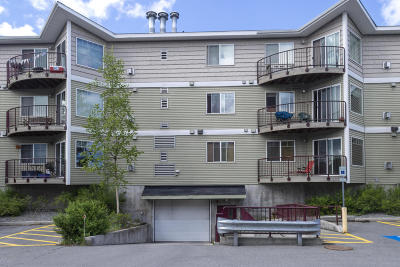 Anchorage Condo/Townhouse For Sale: 6109 Debarr Road #C305