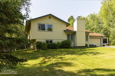 Wasilla Single Family Home For Sale: 2624 N Bright Place