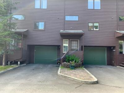 Anchorage Condo/Townhouse For Sale: 1944 Beaver Place #A-3