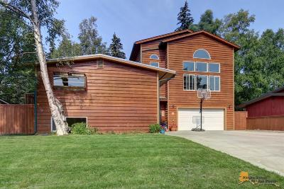 Anchorage Single Family Home For Sale: 7501 Hennings Way