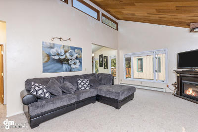 Anchorage Single Family Home For Sale: 165 Ocean Park Drive