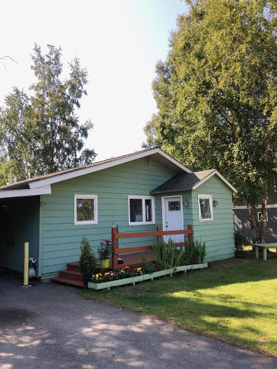 Anchorage Single Family Home For Sale: 806 E 72nd Avenue