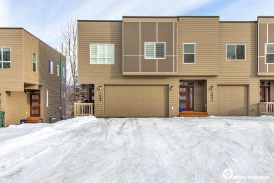 Anchorage Condo/Townhouse For Sale: 3685 Little Bear Place #26