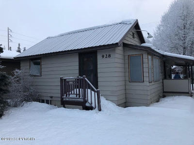 Anchorage AK Single Family Home For Sale: $239,500