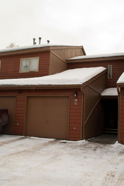 Anchorage Condo/Townhouse For Sale: 10224 Jamestown Drive Drive #4D