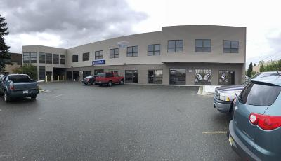 Anchorage Commercial For Sale: 624 W International Airport Road