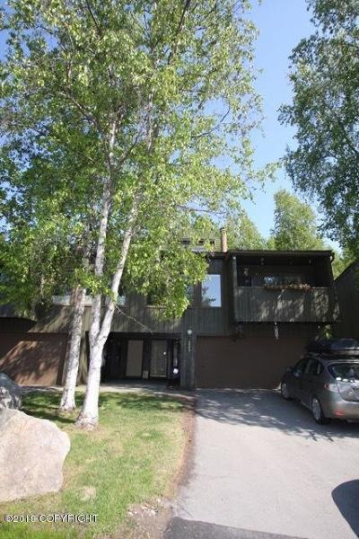 Anchorage Condo/Townhouse For Sale: 2045 Eastridge Drive #40B9