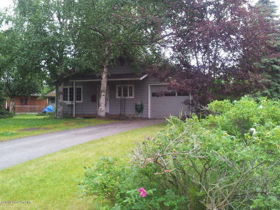 Anchorage Single Family Home For Sale: 2435 Sprucewood Street
