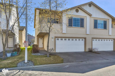 Anchorage Condo/Townhouse For Sale: 5576 Sapphire Loop #53A