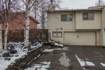 Anchorage Single Family Home For Sale: 8920 Pioneer Drive
