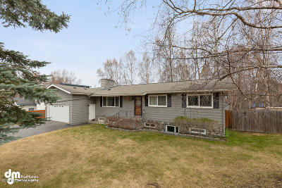Anchorage Single Family Home For Sale: 5123 E 42nd Avenue