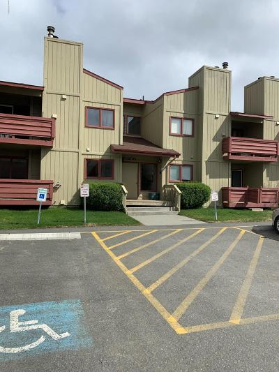 Anchorage Condo/Townhouse For Sale: 10250 Jamestown Drive #B-12