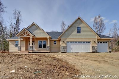 Wasilla Single Family Home For Sale: 4940 W Airpark Drive