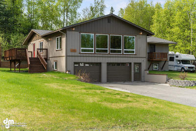 Anchorage Single Family Home For Sale: 5700 E 99th Avenue