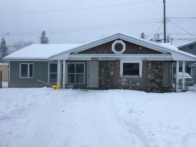 Anchorage AK Single Family Home For Sale: $174,000