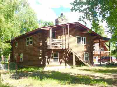 North Pole Single Family Home For Sale: 1540 & 1542 Eskimo Museum Lane