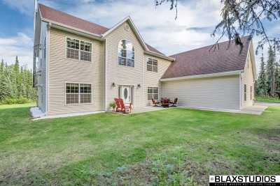 NORTH POLE Single Family Home For Sale: 2430 Chief Nickoli Loop