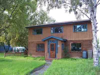Fairbanks Single Family Home For Sale: 302 Charles Street