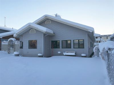 Fairbanks Single Family Home For Sale: 655 9th Avenue