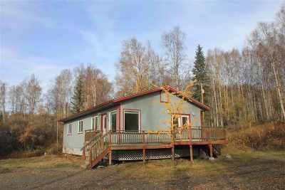 Fairbanks Single Family Home For Sale: 1670 Goldbearing Court