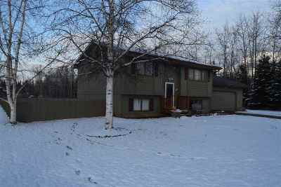 NORTH POLE Single Family Home Pending-Take Back Up: 2652 Lisa Ann Drive