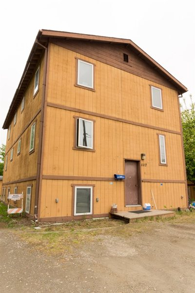 Fairbanks AK Multi Family Home For Sale: $249,900