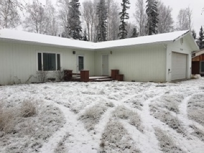 North Pole AK Single Family Home For Sale: $189,000