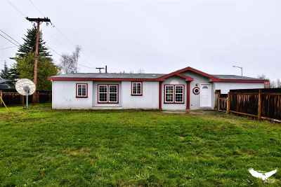 North Pole AK Single Family Home For Sale: $155,000