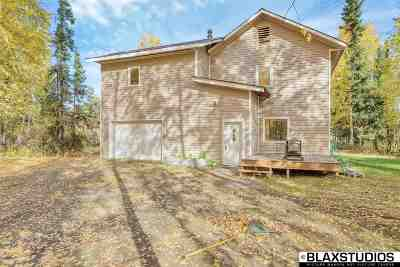 North Pole Single Family Home For Sale: 2348 Old Richardson Highway