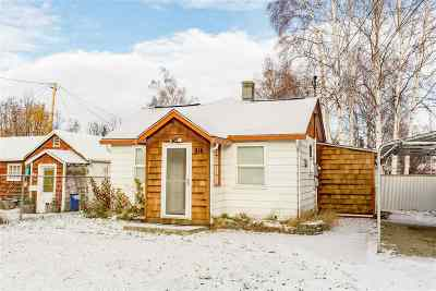 Fairbanks AK Single Family Home For Sale: $174,900